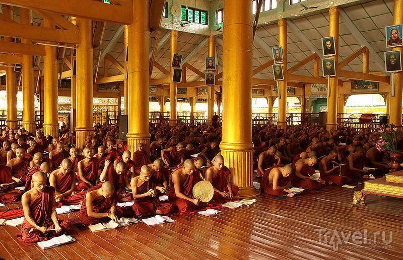 Монастырь Kha Khat Wain Kyaung в Баго, Мьянма / Фото из Мьянмы