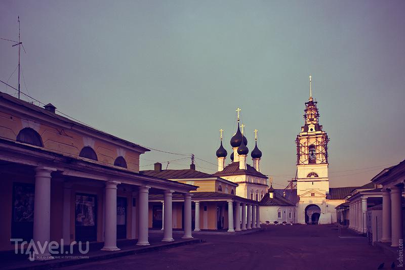 Церковь Спаса в Рядах в Костроме, Россия / Фото из России