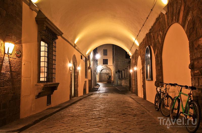 В районе Piazza Mentana во Флоренции, Италия / Фото из Италии