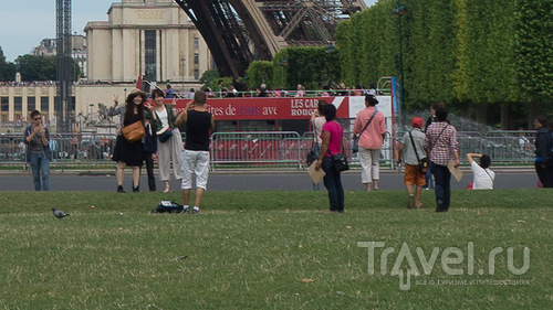 Что не стоит делать в Париже / Франция