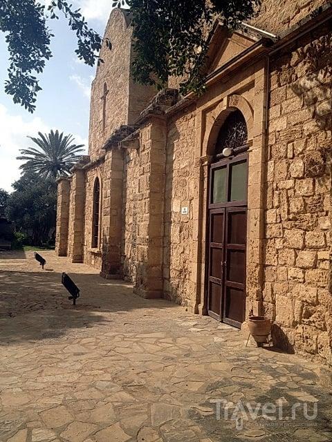 Монастырь Апостола Варнавы / Кипр