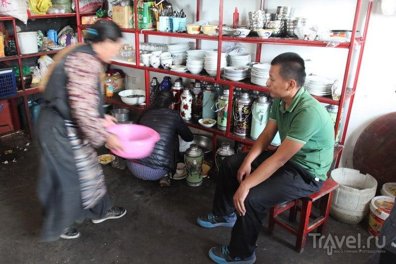 На внедорожниках в Тибет. Озеро Манасаровар и жареный шпек / Фото из Китая