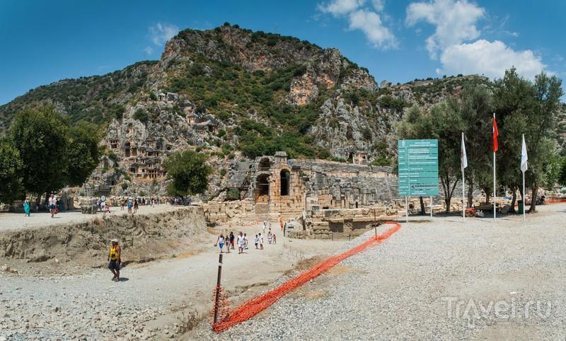 Руины античного города Мир в Демре, Турция / Фото из Турции