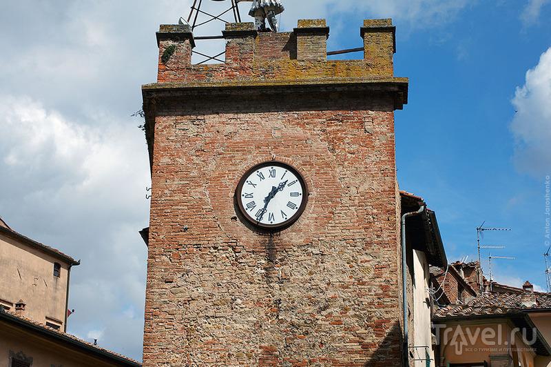 В городе Монтепульчано, Италия / Фото из Италии