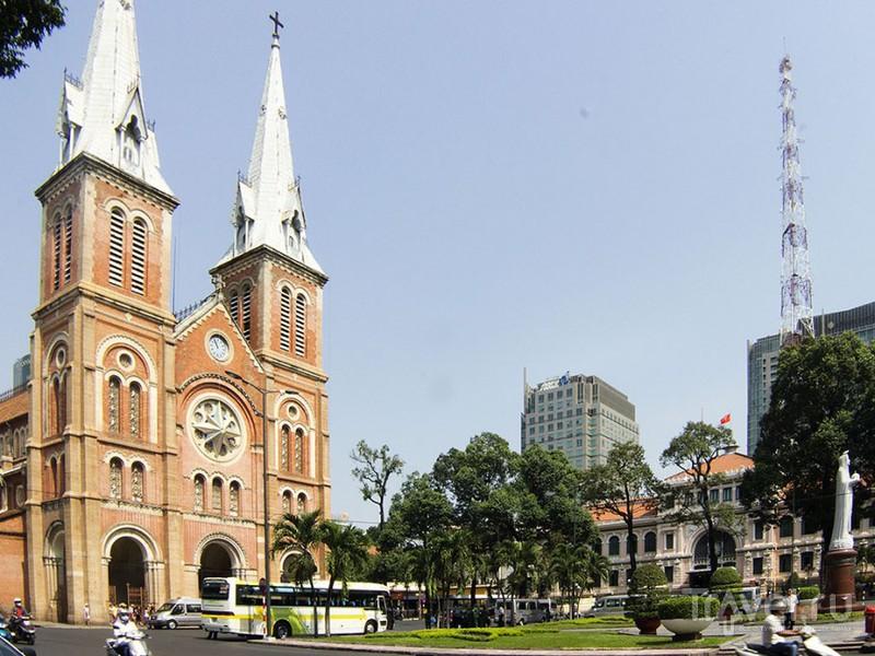 Французский кафедральный собор в Хошимине, Вьетнам / Фото из Вьетнама
