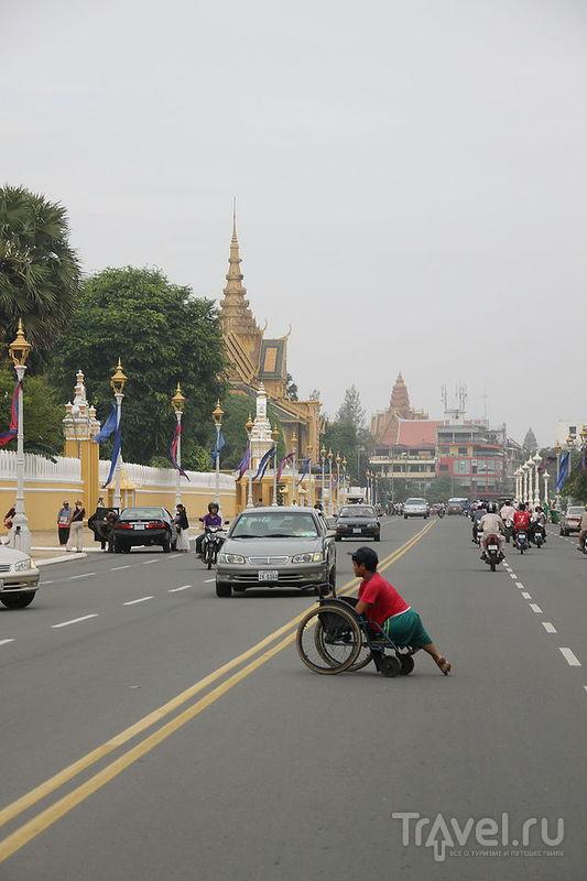 Национальный музей Камбоджи и комплекс Королевского дворца в Пномпене, Камбоджа / Фото из Камбоджи