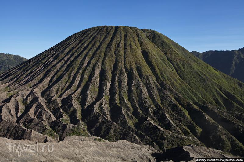 Вулкан Бромо (Gunung Bromo), о. Ява / Индонезия