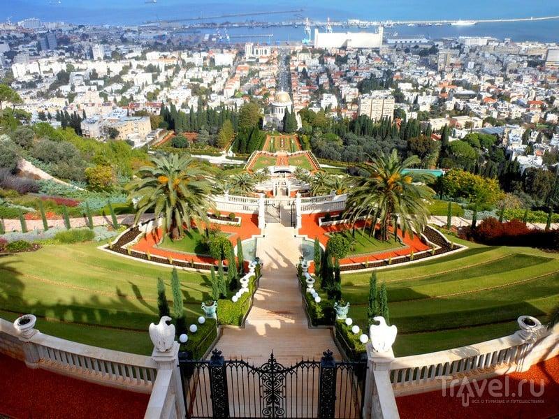Бесплатные обзорные туры по Бахайским садам проводятся ежедневно, за исключением среды, Израиль / Израиль