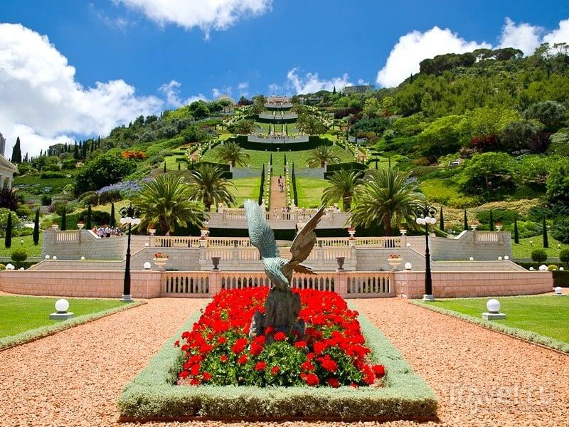Живописный садово-парковый ансамбль в Хайфе - символ религиозной доктрины бахаев, Израиль / Израиль