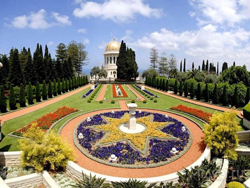 Сады также являются местом паломничества последователей течения бахаев, Израиль / Израиль