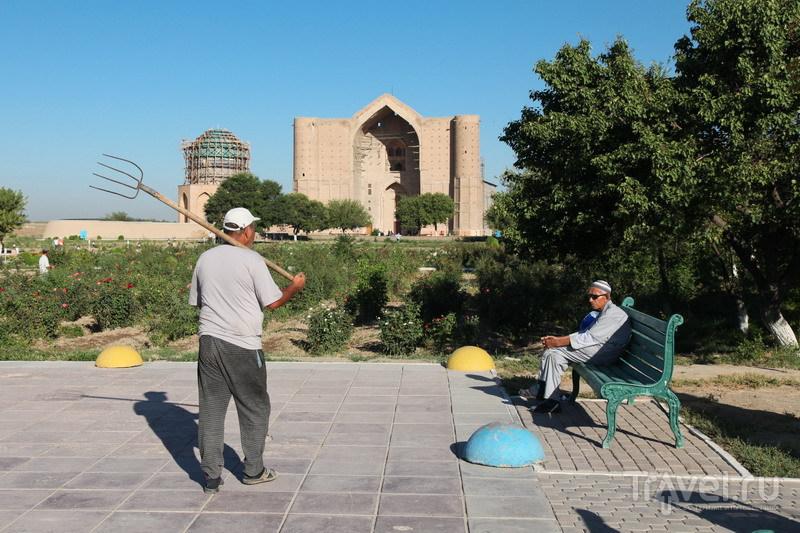 Мавзолей Ходжи Ахмеда Ясави в городе Туркестан, Казахстан / Фото из Казахстана