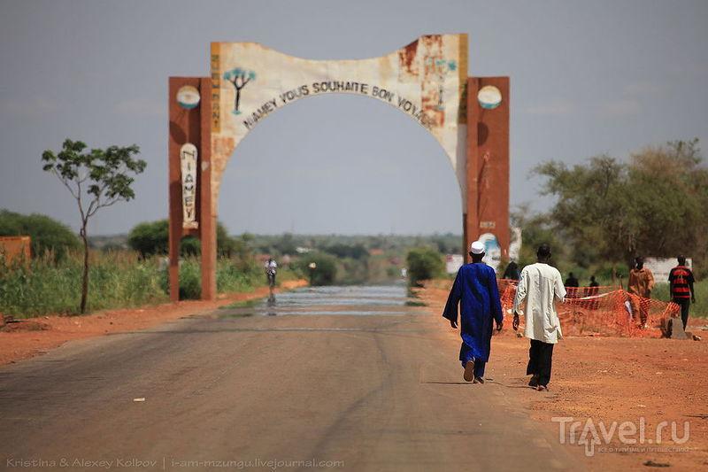 Нигер: Театр посреди Сахары. Ниамей - Кони / Нигер