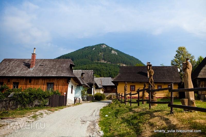 В деревне Влколинец (Vlkolínec), Словакия / Фото из Словакии