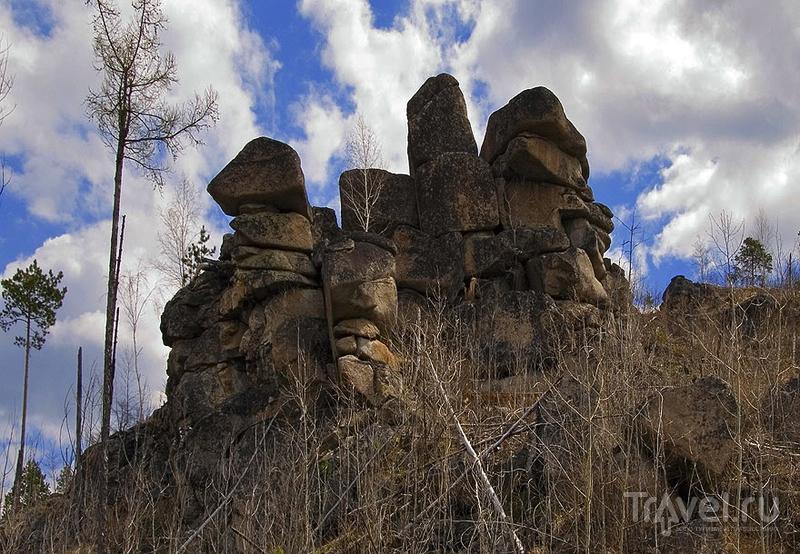 Каменные стражи Олхинского плато / Россия