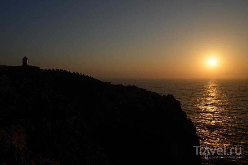 Закат на мысе Сан-Винсенте / Португалия