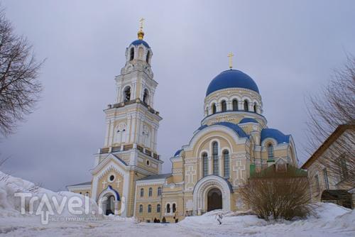 Свято-Тихонова Пустынь / Россия