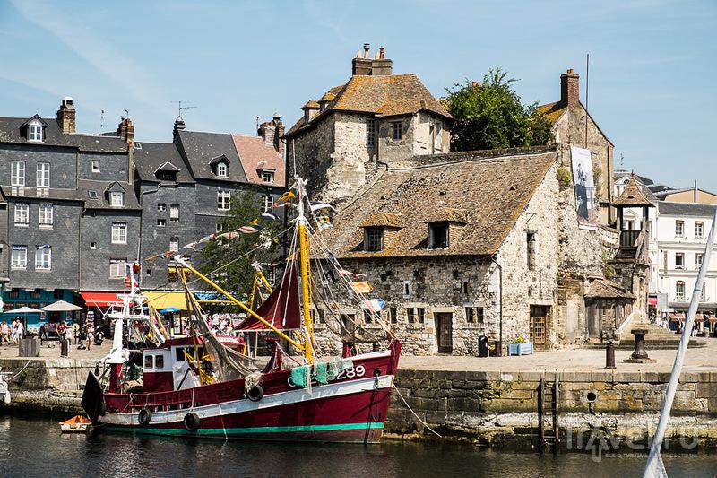 Дом лейтенанта в Старой гавани в Онфлере, Франция / Фото из Франции