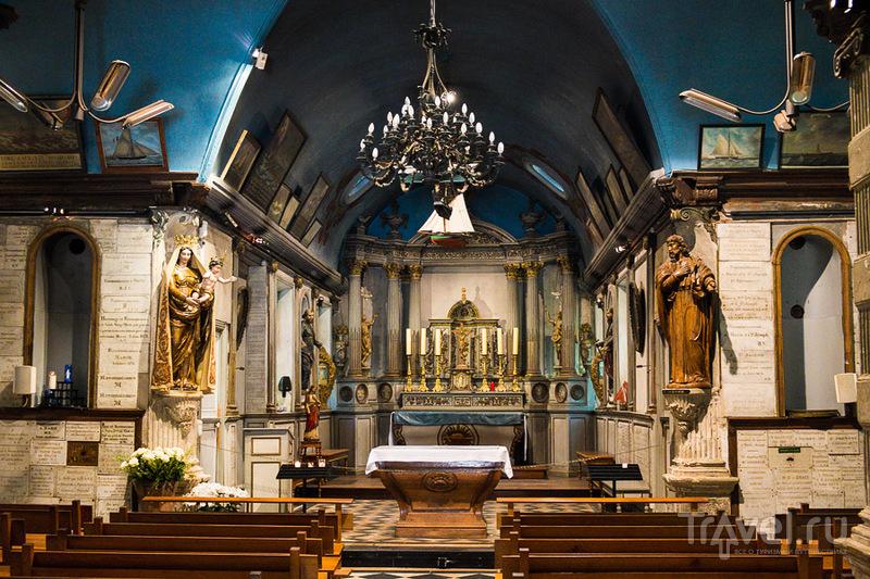 В Chapelle de Grâce в Онфлере, Франция / Фото из Франции