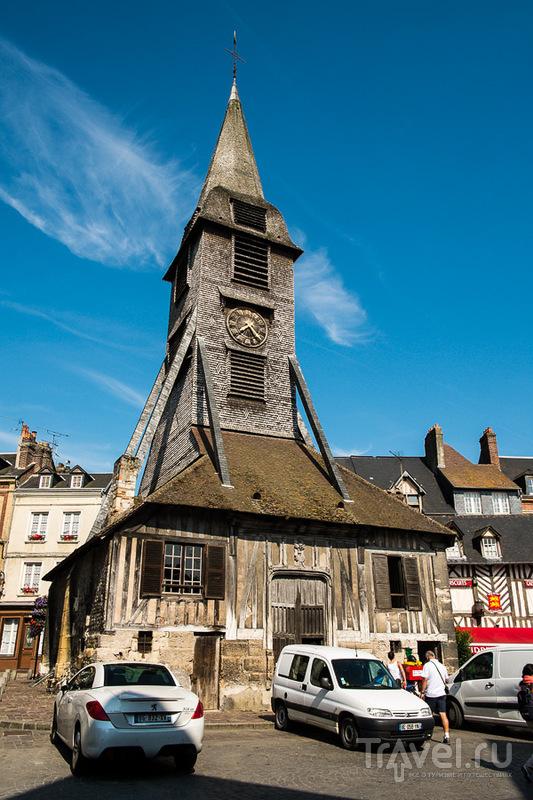 Часовня деревянной церкви Святой Екатерины в Онфлере, Франция / Фото из Франции