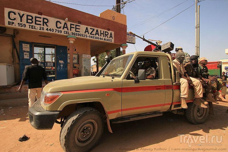Нигер: Театр посреди Сахары. Агадес - Тигидит - Агадес / Нигер