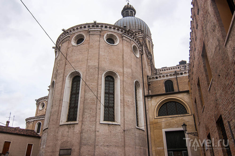 Падуя. Район Дуомо и Палаццо делла Раджионе / Италия