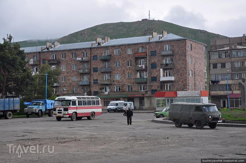 Севан остался в памяти самым депрессивным городом Армении / Армения