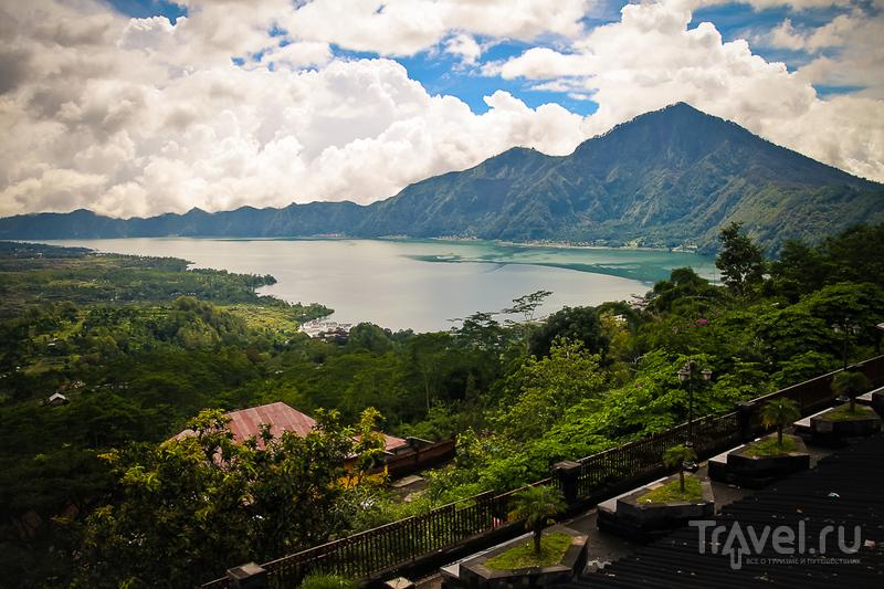 Озеро Батур на острове Бали, Индонезия / Фото из Индонезии