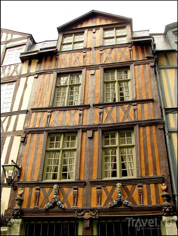Руан: готика и фахверк / Фото из Франции