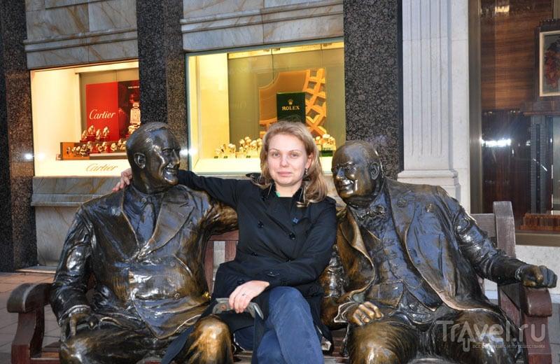 Памятник Черчиллю и Рузвельту в Лондоне, Великобритания / Фото из Великобритании