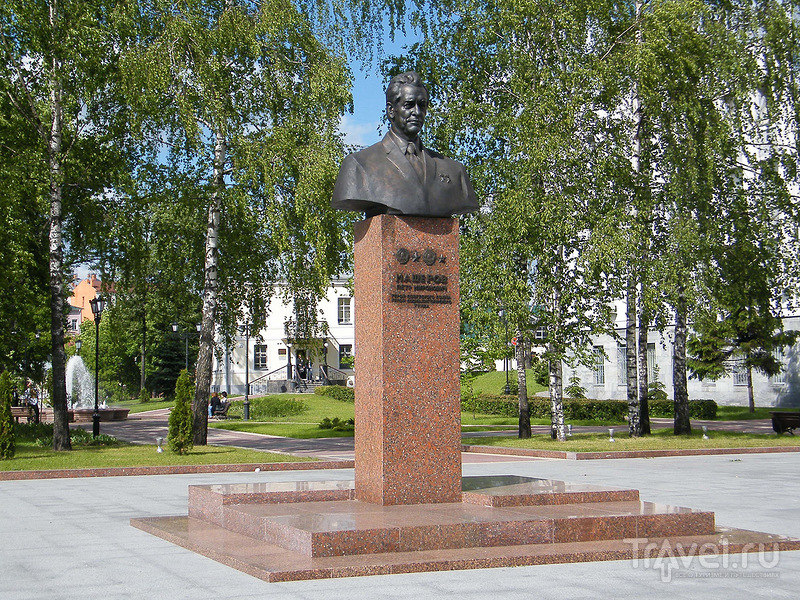 Памятник Петру Машерову в Витебске, Белоруссия / Фото из Белоруссии