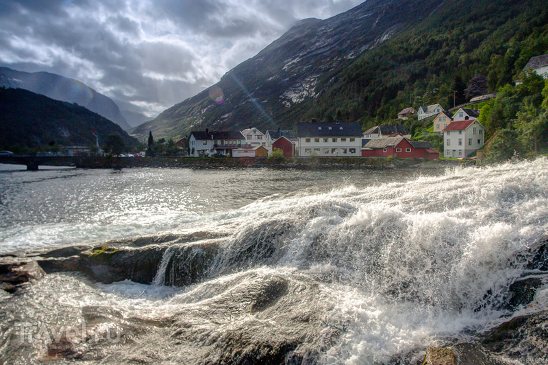 Гейрангер - Хеллесилт. Западная Норвегия / Норвегия