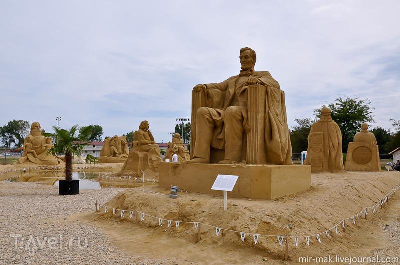 Фестиваль песчаных скульптур в Бургасе / Фото из Болгарии