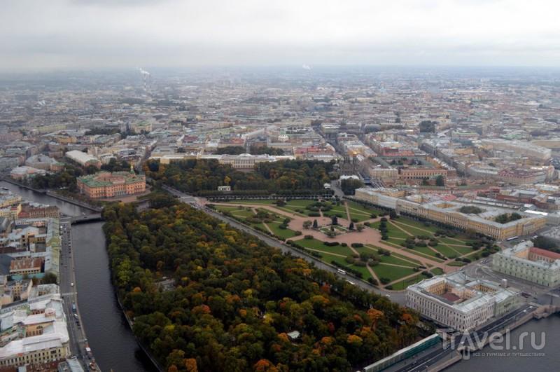 Марсово поле в Санкт-Петербурге, Россия / Фото из России