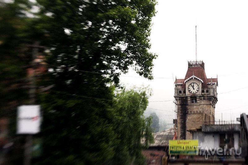 Башня с часами - центр Дарджилинга / Фото из Индии