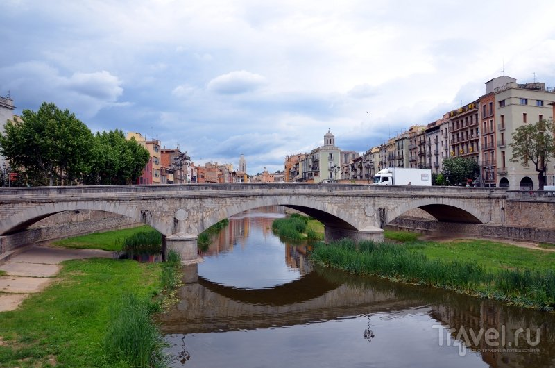 Река Оньяр в Жероне, Испания / Фото из Испании