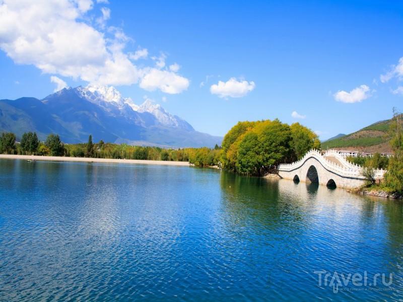 Гора Нефритового Дракона в Лицзяне, Китай / Фото из Китая