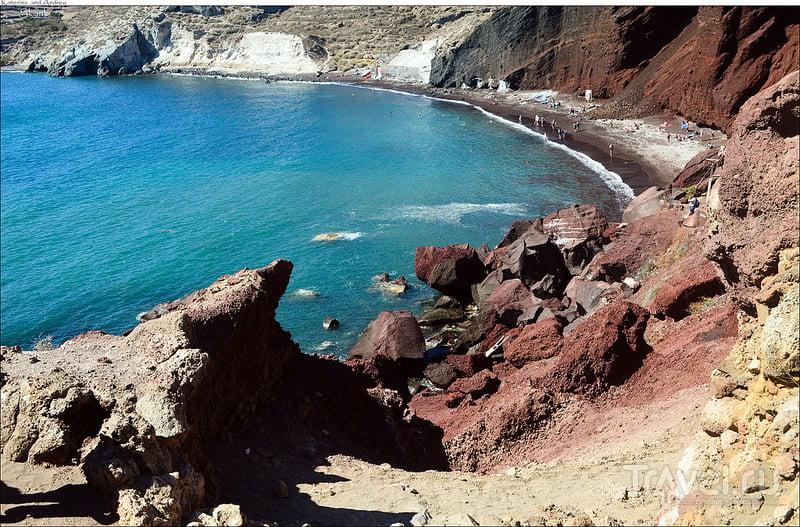 Красный пляж на острове Санторин, Греция / Фото из Греции