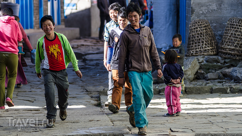 Непал. Перелет в Луклу и первая ночевка / Непал