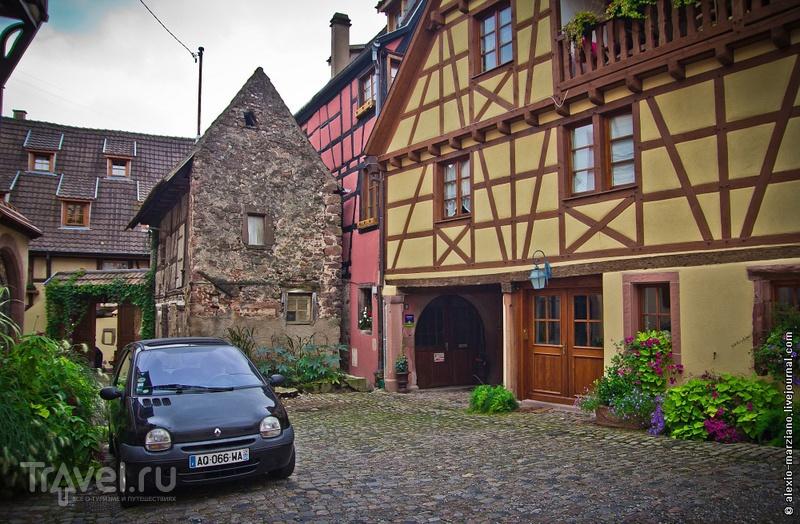 В деревне Риквир, Франция / Фото из Франции