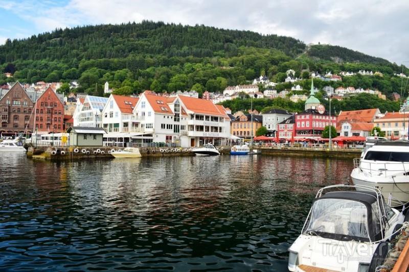 Дорога, красоты Бергена, рыбный рынок / Норвегия