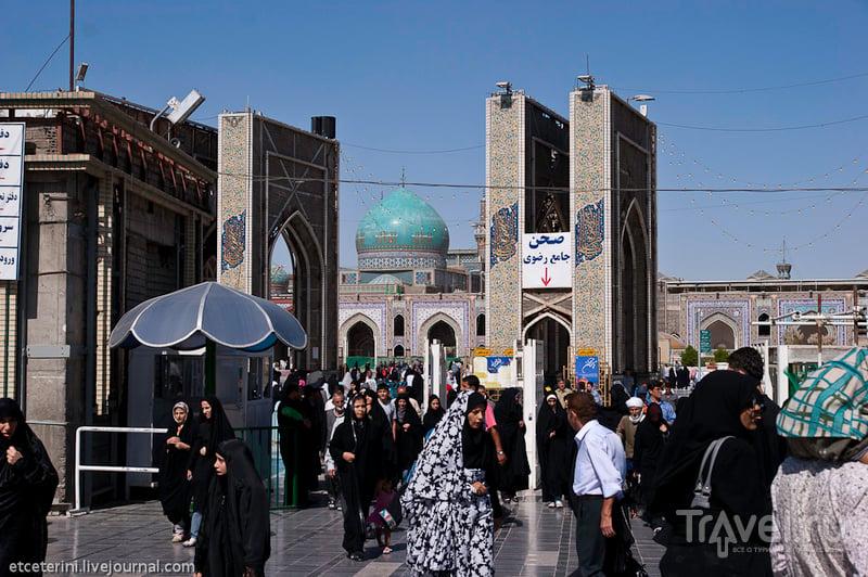 В городе Мешхед, Иран / Фото из Ирана