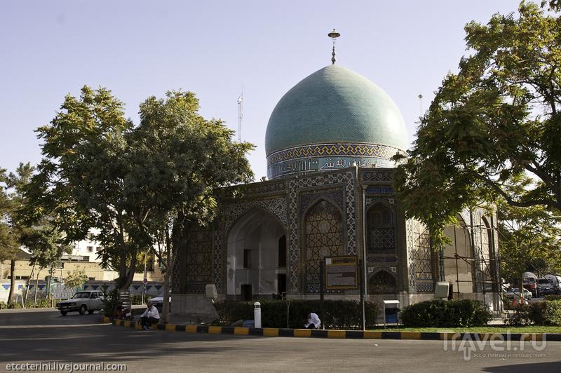 Мавзолей Гонбад-е-Сабз в Мешхеде, Иран / Фото из Ирана