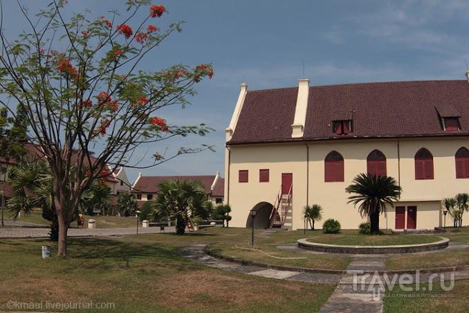 Сулавеси без похорон и дайвинга / Индонезия