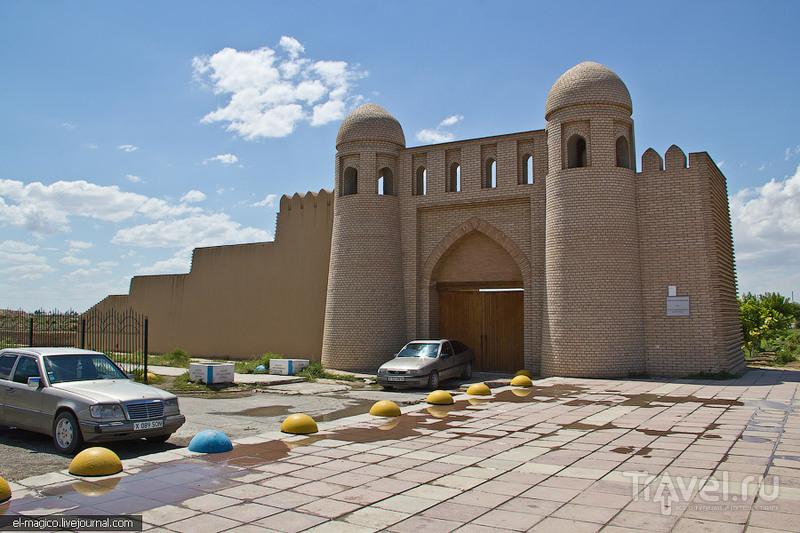 Казахстан. Туркестан и Шымкент / Фото из Казахстана