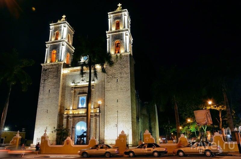 Кафедральный собор в Вальядолиде, Мексика / Фото из Мексики