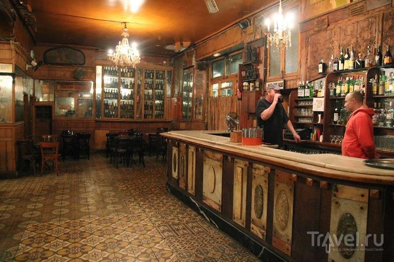 Первое злачное место Барселоны / Испания