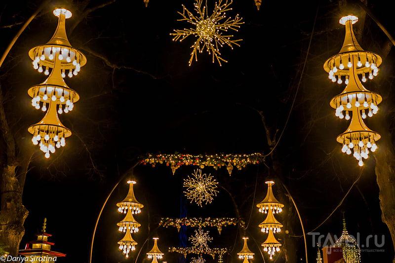 Рождественская ярмарка в парке Тиволи в Копенгагене, Дания / Фото из Дании