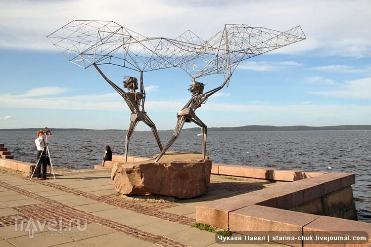 Набережная Онежского озера в Петрозаводске, Россия / Фото из России