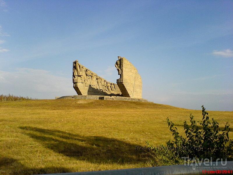 Мемориал славы на Самбекских высотах в Таганроге, Россия / Фото из России