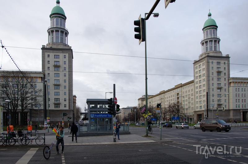 Аллея Карла-Маркса в Берлине, Германия / Фото из Германии